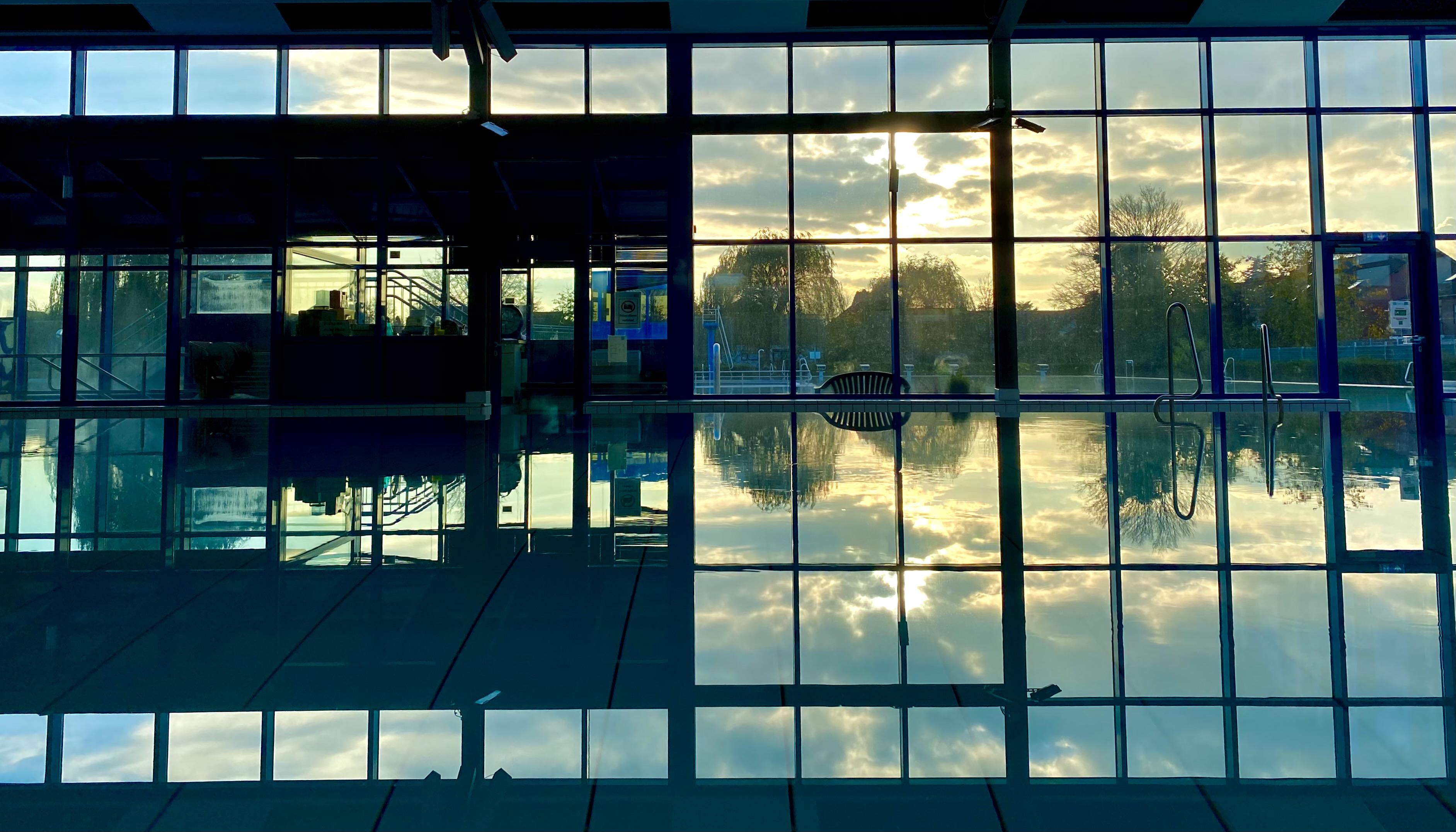 Schwimmbad2.jpg